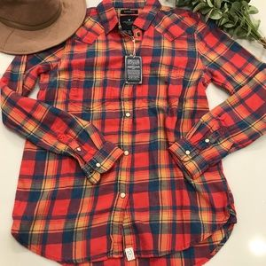 American eagle boyfriend fit fall plaid button up